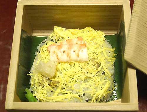 03-23-TawarayaKotobuki09